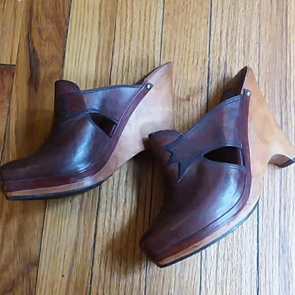 b2f72090db1be Vintage high heel wooden clogs Made in Brazil